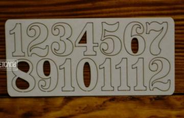 Цифры арабские №4 выс.3 см (картон)