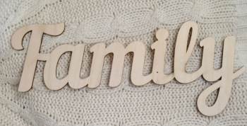 """Слово """"Family"""" (длина40см)"""