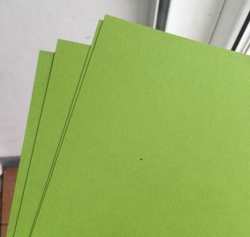 Бумага Fabriano Colore+ А4 240г/м2 Фисташковый (2 листа)