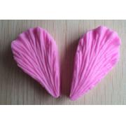 Молд силиконовый Лепесток 5.5х3 см