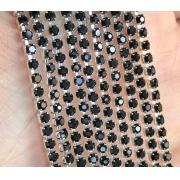 Стразовая лента (цепь) SS8 черная в серебристой оправе (1метр)