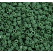 Бисер рубка Тайвань 10г зеленый матовый