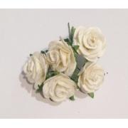 Розы из бумаги 2 см (5 шт.) слоновая кость