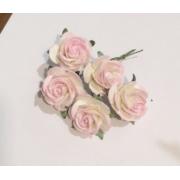 Розы из бумаги 2 см (5 шт.) белый с розовым