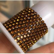 Стразовая лента (цепь) SS8 золото в темной оправе (1метр)