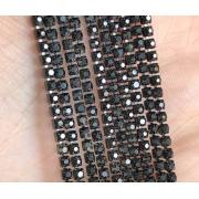 Стразовая лента (цепь) SS8 черная металл под цвет (1метр)
