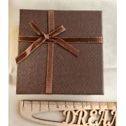 Коробочка подарочная ювелирная для браслета 9х9х3см коричневая