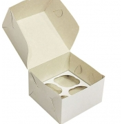 Коробка для 4 капкейков 16х16х10 см