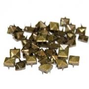 Пирамидки металлические (заклепки) под бронзу 8 мм (10 шт.)