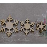 Снежинки, 30 шт.(по 10 шт каждого размера: 2,5 см; 3,5 см; 4,5 см)