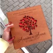Книга пожеланий в деревянной обложке 20х20см