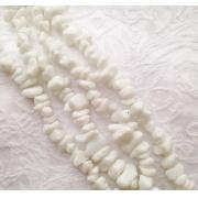 Агат белый крошка (нить 85см)