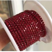 Стразовая лента (цепь) SS8 красная металл под цвет (1метр)